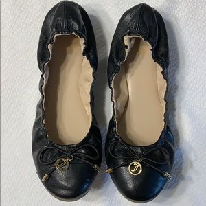 Juicy Couture Black Bow Tie Slip On Flats Size 8M